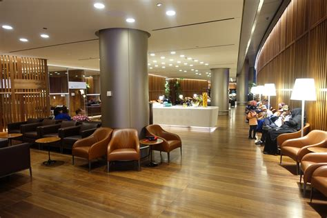 Review: Oryx Lounge Doha (DOH) - Live and Let's Fly