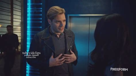 Shadowhunters 2x15 Jace Tells Izzy He Has Feeling for