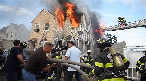 Video & radio traffic: FDNY 3-alarm house fire with mayday