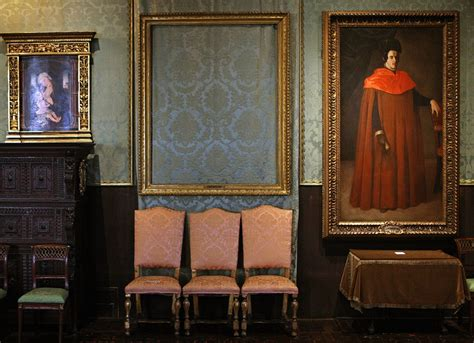 Why Stealing Art Is a Terrible Idea - Artsy