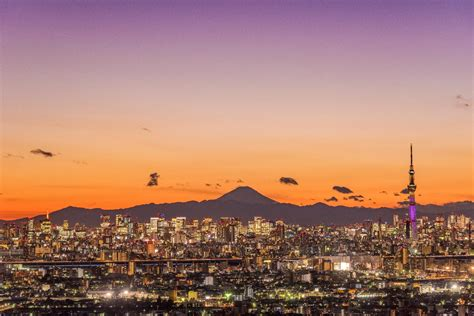 Introducing Tokyo - Lonely Planet Video