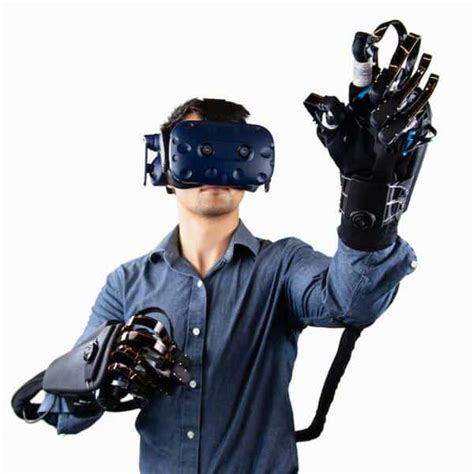 Getting hands-on with VR gloves - Aniwaa