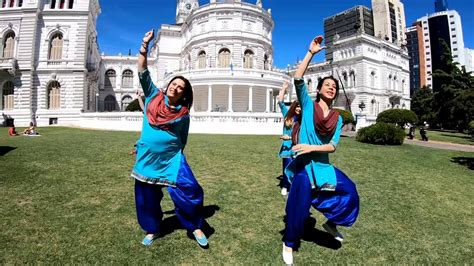 Evolution of Bhangra with Bollyshake - Part 3 | Learn
