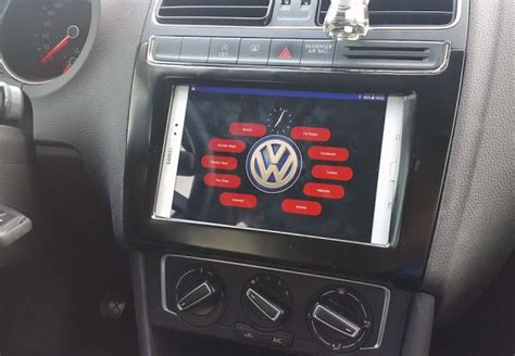 Arduino Blog » Maker installs an Android tablet in his car
