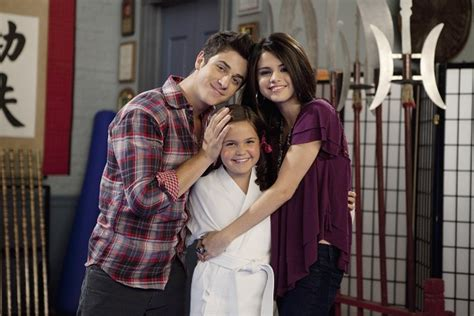 Bailee Madison Been on Few Relationship and has some