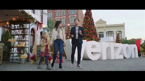 Verizon TV Commercial, 'Best' Featuring Thomas Middleditch