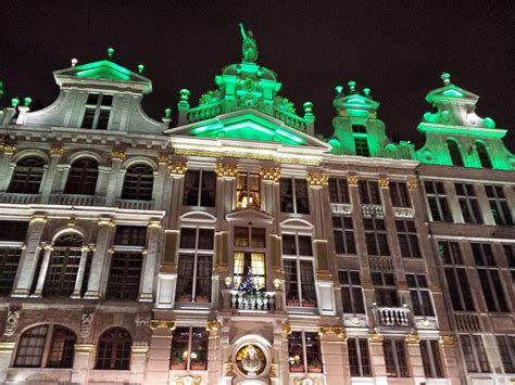 In the spotlight: the Christmas market of Brussels - WORLD